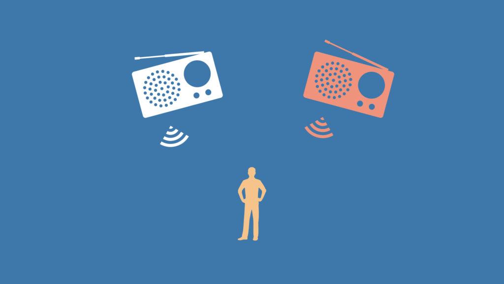 ラジオ2台でステレオ放送を実現