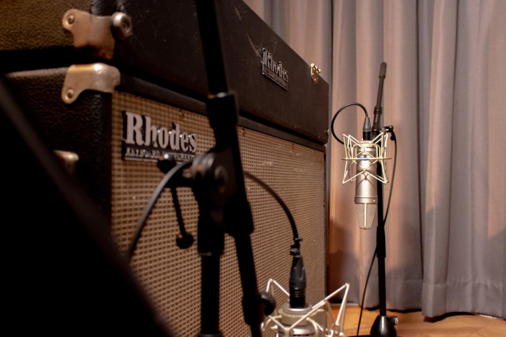 スタジオ「フルハウス」に常設している岩崎将史のビンテージ・エレピ「Fender Rhodes」フェンダーローズ